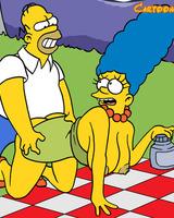Homer fucks Marge on picnic